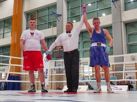 Wiktor Bartnik mistrzem Polski juniorów w boksie